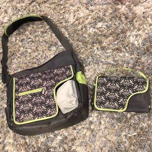 JJ Cole Metra Diaper Messenger Shoulder Bag & Mat